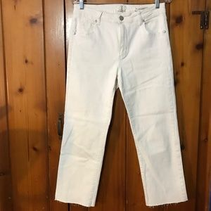 Cotton On women's white cropped jeans